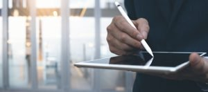 Law Commission Publishes Stance on E-Signatures